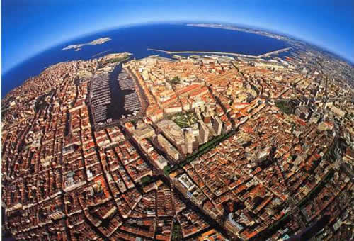 Baptême, destination Marseille