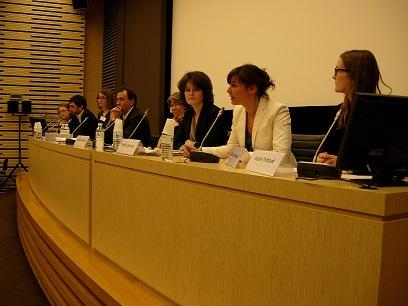 Le groupe égalité hommes-femmes présente son guide à l'Assemblée nationale