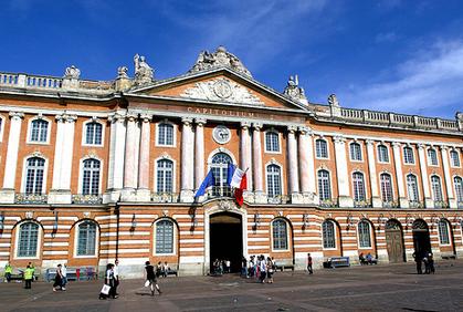 Toulouse, lieu de baptême de la promotion Simone de Beauvoir